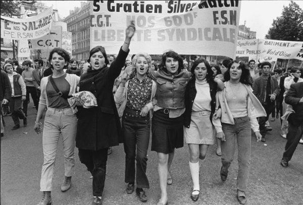 За последние десятилетия мужчин в политике серьёзно потеснили женщины / На фото: одна из демонстраций мая 1968 года в Париже