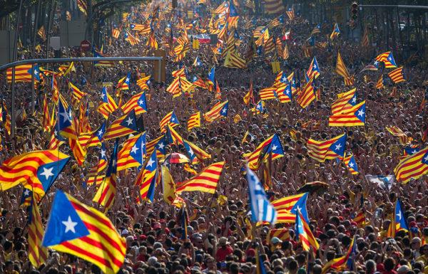 Власти Каталонии «хотят донести сообщение» до каталонцев, «что с новым гражданством признаются их социальные права, которые в других местах находятся под вопросом
