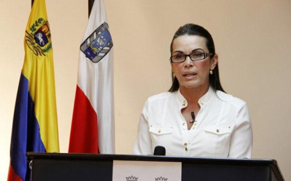 С 2010 года алькальдом (мэром) второго венесуэльского города является представительница «Новой эры» Эвелинг Трехо Альварес, супруг которой - также представитель этой же политической силы Мануэль Альварес, экс-губернатор Сулии и кандидат в президенты в 2006 году