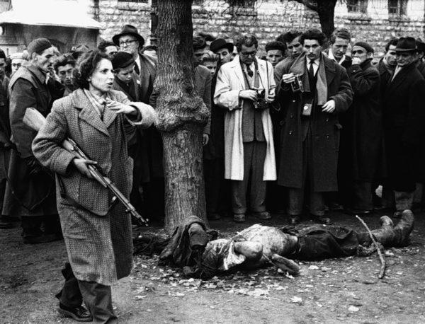 В лучшем для них случае «авошей» сразу убивали как бешеных собак. Стреляли или вешали на фонарях. Но бывало и иначе. Могли долго забивать палками