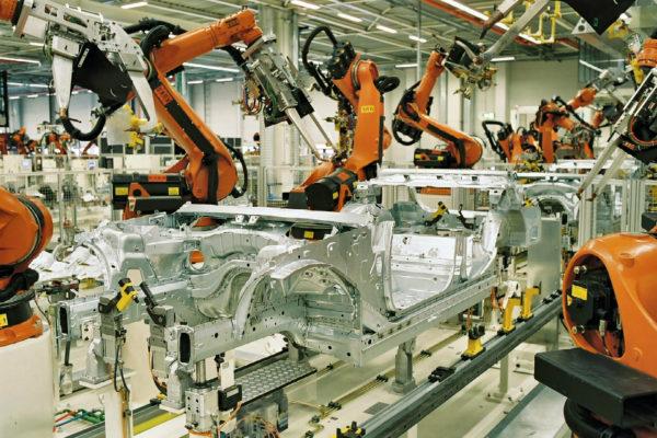 Более половины существующих рабочих специализаций на производстве устареют из-за быстрого развития автоматизации и перехода на digital-технологии