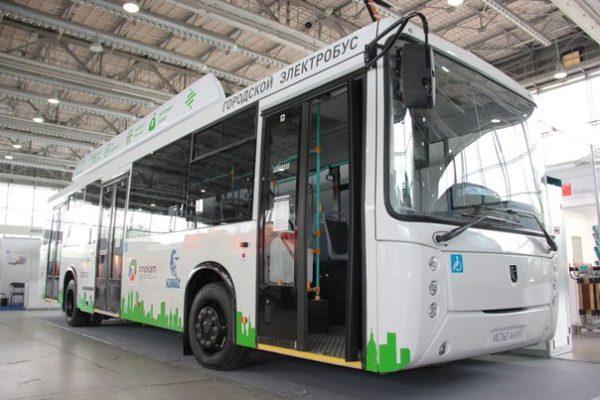 На петербургских улицах скоро появится электробус КамАЗ-6282