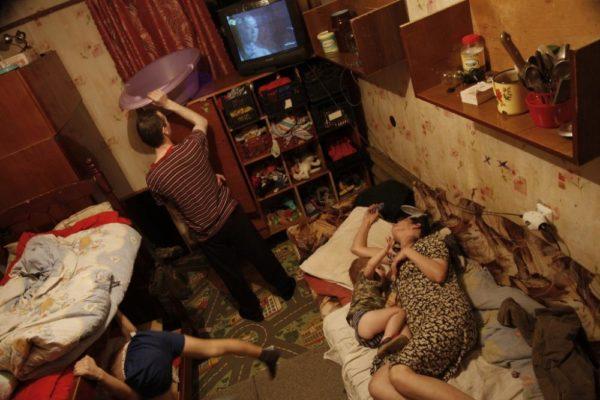 Cогласно прогнозу социально-экономического развития России, в 2017 году число бедных составит 13,9% населения страны, в 2018 возрастёт до 14,1%, а в 2019-м снова сократится до 13,9%