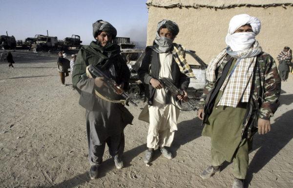Талибы запрещают женщинам покидать дом без сопровождения мужчин, работать и учиться